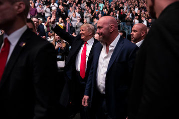 Donald Trump hué lors d'un gala UFC à New York