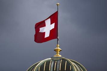 Suisse Oui au congé paternité, non aux entraves à l'immigration de citoyens de l'UE)