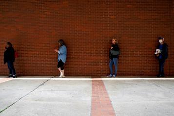 Aux États-Unis post-COVID, près de 20% de chômage)