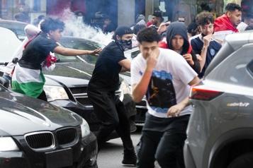 Centre-ville de Montréal Altercations entre des manifestants pro-Israéliens et pro-Palestiniens)