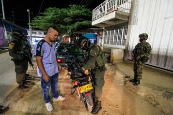 Colombie Des militaires patrouillent les rues de Bogota contre l'insécurité)