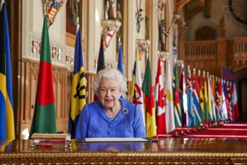 Journée du Commonwealth La reine vante le dévouement désintéressé et le sens du devoir)