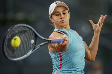 Masters de Madrid Ashleigh Barty et Iga Swiatek en huitièmes de finale)