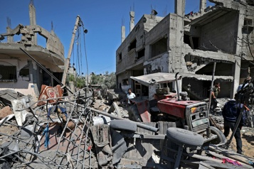 Conflit israélo-palestinien Israël combat sur plusieurs fronts, violences sanglantes en Cisjordanie)