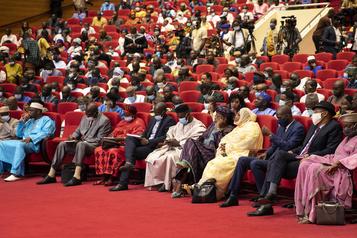 Ultime jour de discussions sur la transition au Mali)