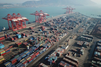 Au grand dam de Trump, la Chine gonfle son excédent commercial avec les États-Unis)