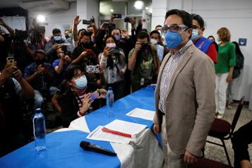 Guatemala Un procureur anticorruption évincé fuit le pays pour «protéger sa vie»)