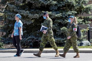 Soins des aînés en Ontario: un rapport militaire «extrêmement dérangeant»)