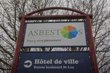 Nouveau nom d'Asbestos Une «liste de noms bonifiée» proposée)