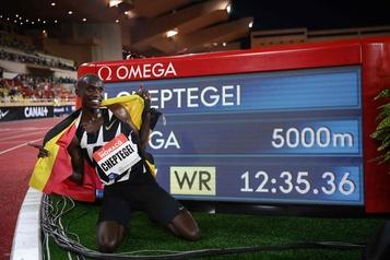Athlétisme: Cheptegei s'attaquera au record du monde du 10000m le 7octobre)