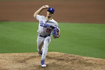 Les Dodgers inscrivent le releveur Joe Kelly à la liste des blessés)
