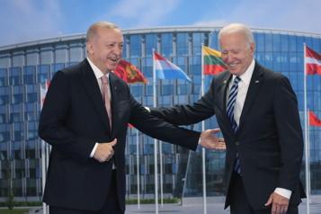Relation Turquie–États-Unis Erdogan dit avoir eu un entretien «très productif et sincère» avec Biden)