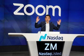 La pandémie sourit au service vidéo Zoom)