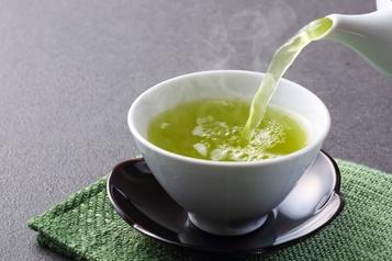 Cinq avantages de boire du thé vert