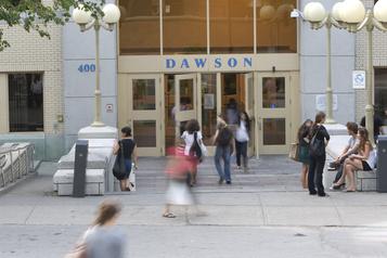 Projet de loi 66 Le PQ veut faire retirer le Collège Dawson de la liste des projets)