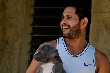 Porter la barbe, une affaire de style pour les jeunes Cubains