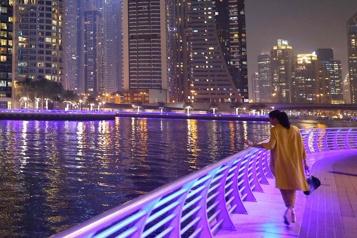 La difficile quête de l'amour à Dubaï)