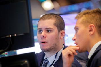 Dans l'expectative, Wall Street se fait hésitante