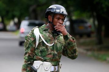 Colombie Une attaque à la voiture piégée contre une base militaire fait 36blessés)