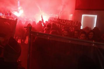 Manifestation anti-Polanski avant la cérémonie des Césars