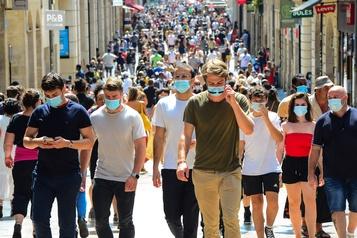 France: plus de 3000 nouveaux cas de COVID-19 en 24 h)