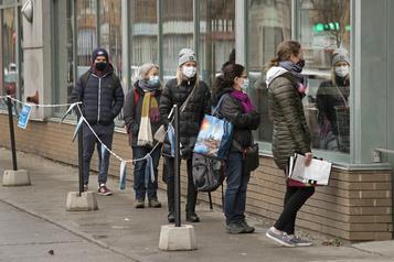 COVID-19 au Québec Plus de 1000morts dans la deuxième vague)