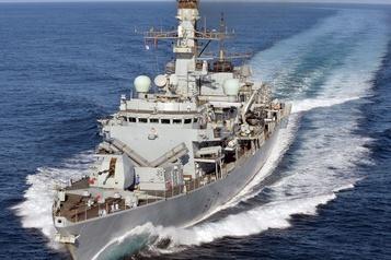 Un nouveau navire de guerre britannique déployé dans le Golfe