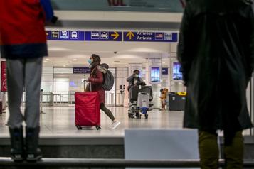 Restrictions de voyage Quel impact sur les travailleurs étrangers? )