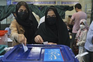 Élections en Iran Victoire attendue de l'ultraconservateur Ebrahim Raïssi)