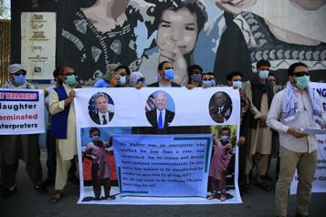 Collaboration avec l'armée américaine Un premier groupe d'Afghans arrive aux États-Unis)