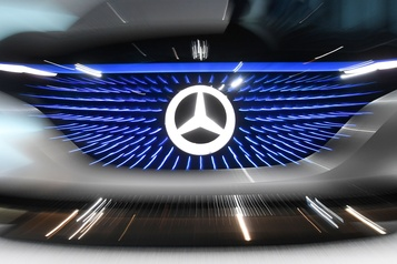 COVID-19 : Daimler interrompt la majorité sa production en Europe