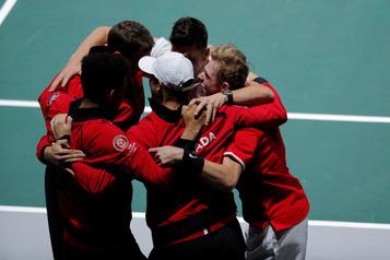 Coupe Davis: le forfait du double canadien fait polémique