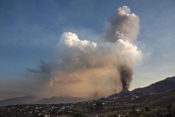 Îles Canaries L'éruption volcanique entraîne la fermeture de l'aéroport de LaPalma)