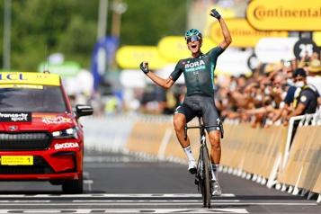 Tour de France  Nils Politt remporte la 12e étape en solitaire)