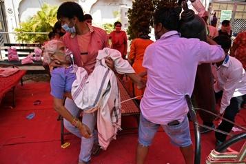 Ottawa envoie médicaments et ventilateurs en Inde)