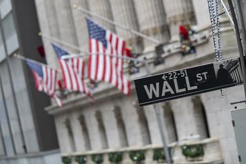 Wall Street rechute à l'issue d'une séance saccadée)