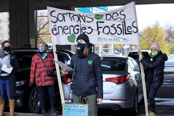 Environnement Mères au front: tendre la main aux politiciens)