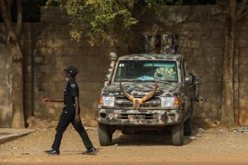 Nigeria Des hommes armés tuent 16personnes)