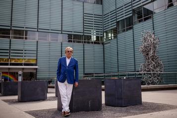 Jean-Louis Roy, PDG de BAnQ: «Les bibliothèques ne vont pas fermer, elles vont changer»)