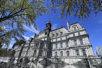 Montréal songe à élargir le droit de vote aux non-citoyens)