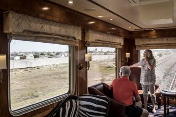 Voyage à bord du luxueux Blue Train sud-africain)