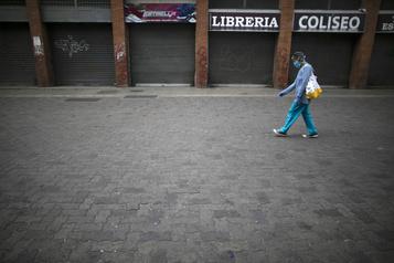 Venezuela: Maduro ordonne l'hospitalisation des malades de la COVID-19