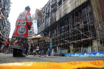 Taïwan Angoisse et colère après la mort de 46personnes dans un immeuble en feu