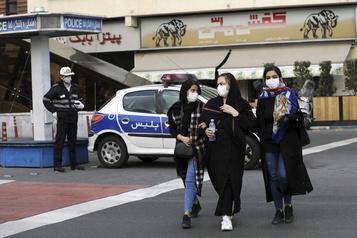 COVID-19: la Corée en état d'urgence, les voisins de l'Iran se protègent