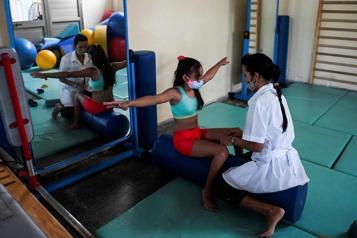 Cuba COVID-19 et embargo nuisent aux traitements des enfants handicapés)