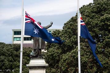 La Nouvelle-Zélande se recueille une semaine après l'éruption