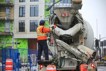 Le chômage bondit à 7,8 % au Canada à cause de la COVID-19