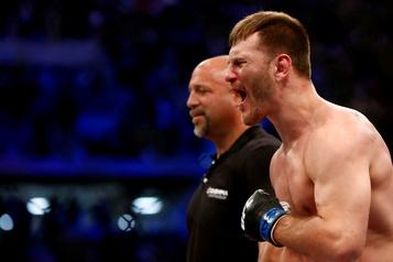 UFC: Stipe Miocic conserve sa ceinture des poids lourds)