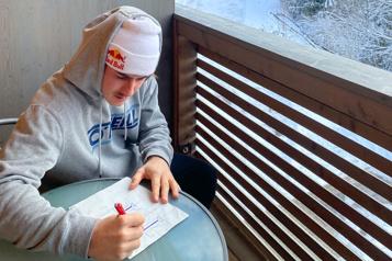 Surf des neiges Sébastien Toutant prépare ses Mondiaux en confinement)