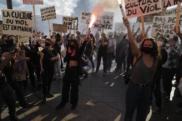 Manifestations partout en France contre «la culture du viol En Marche»)
